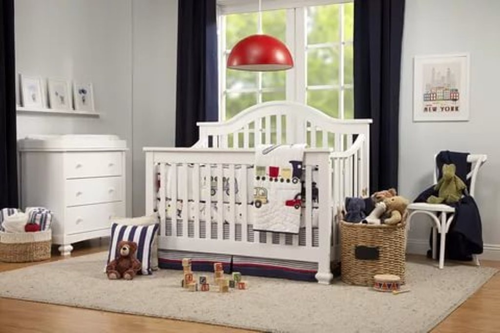 Image of: Cribs That Convert To A Bed