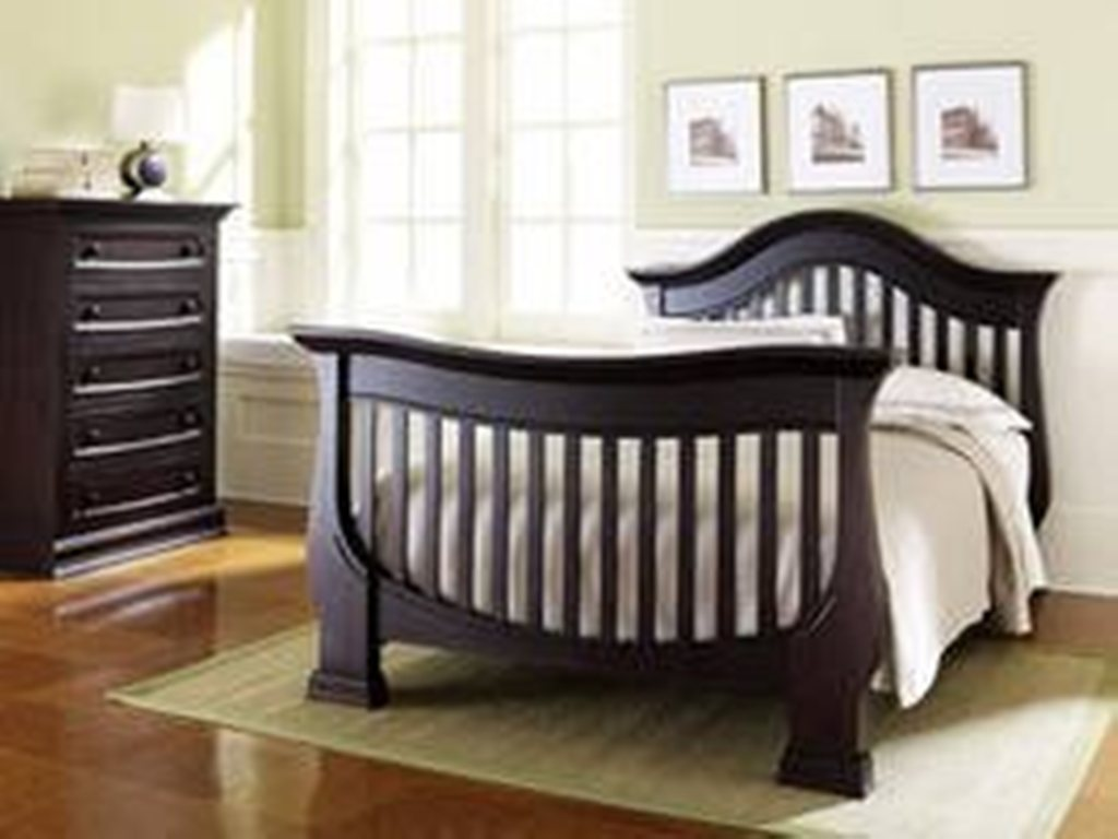 Image of: Cribs That Convert To Bed