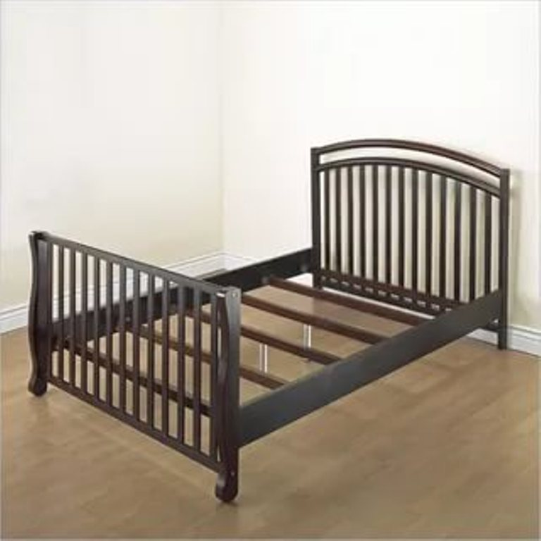 Image of: Cribs That Convert To Bunk Beds