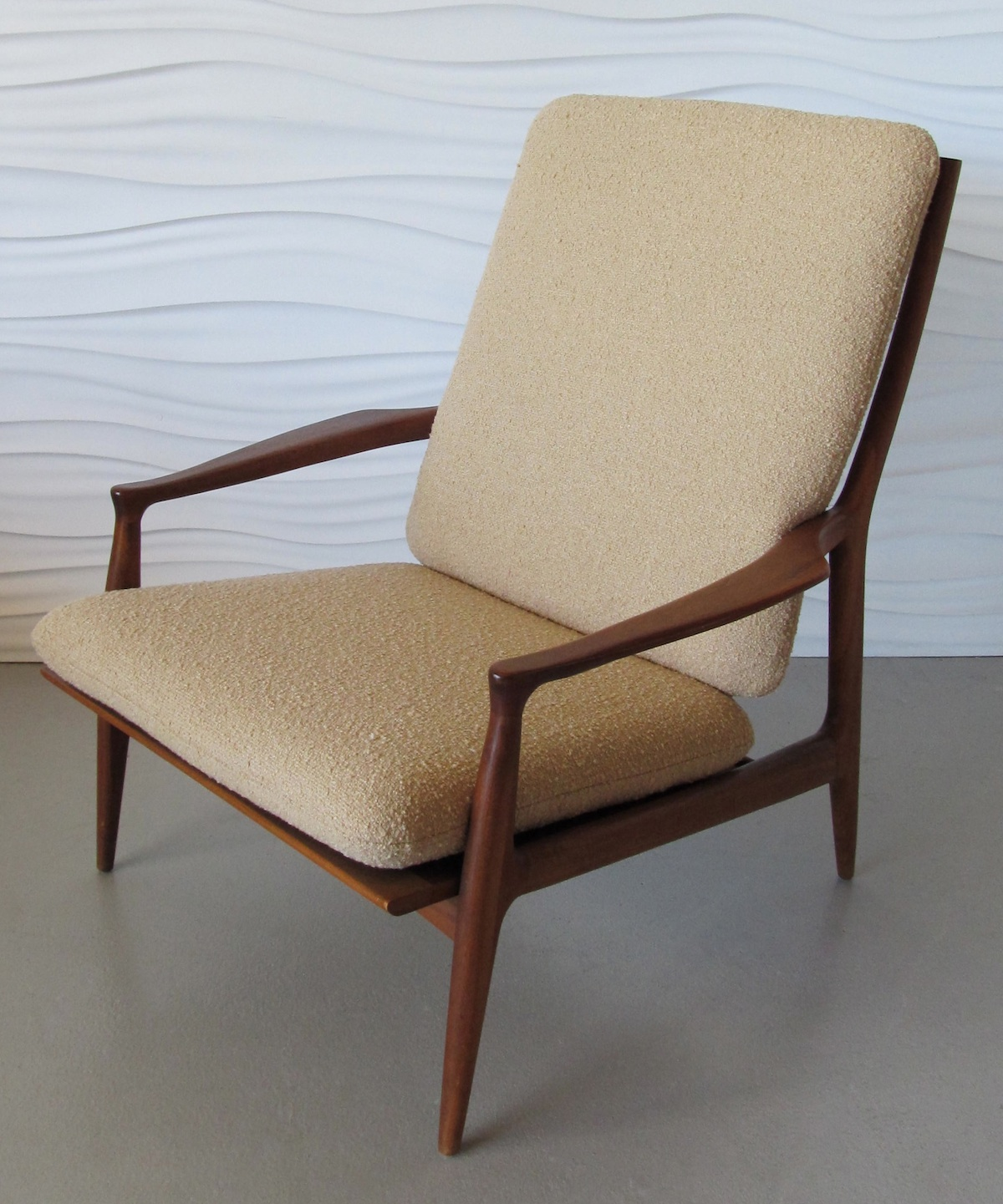 Image of: Cute Danish Lounge Chair