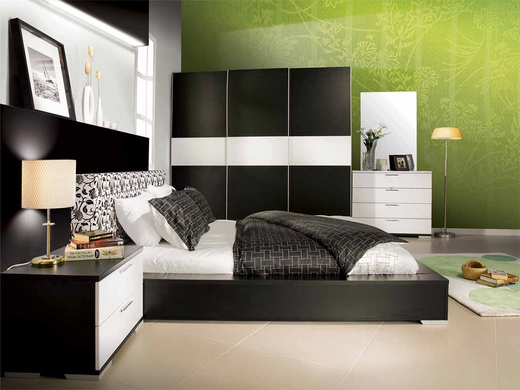 Image of: Decorating Ideas For Bedrooms With Brown Furniture