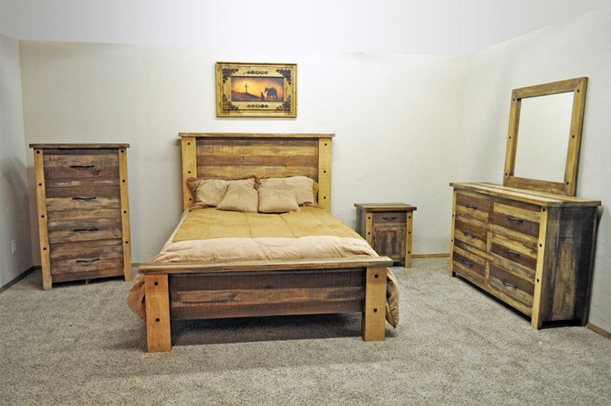 Image of: Distressed White Pine Bedroom Furniture
