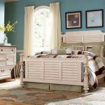 Distressed White Washed Bedroom Furniture