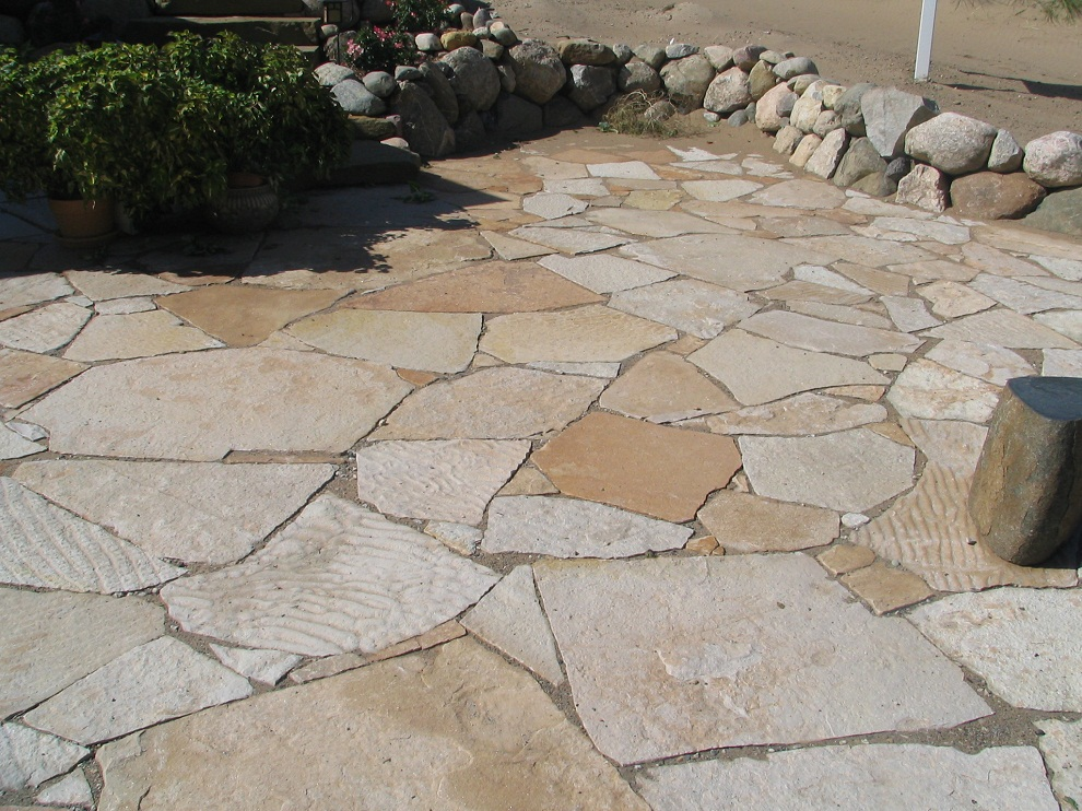 Image of: Flagstone Patio Color