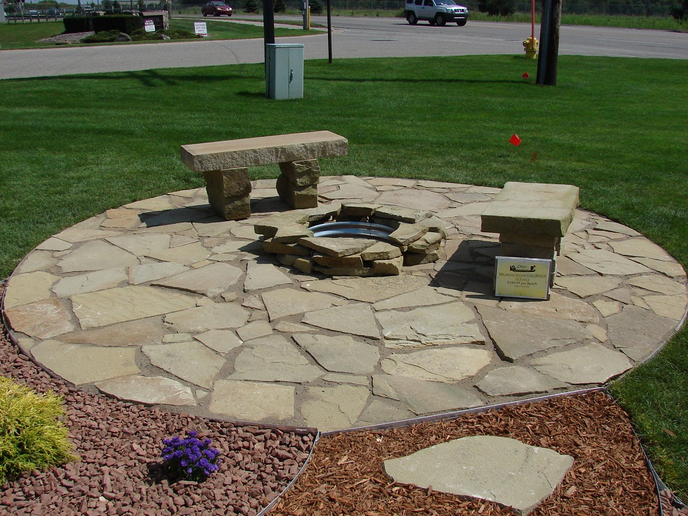Image of: Flagstone Patio Round