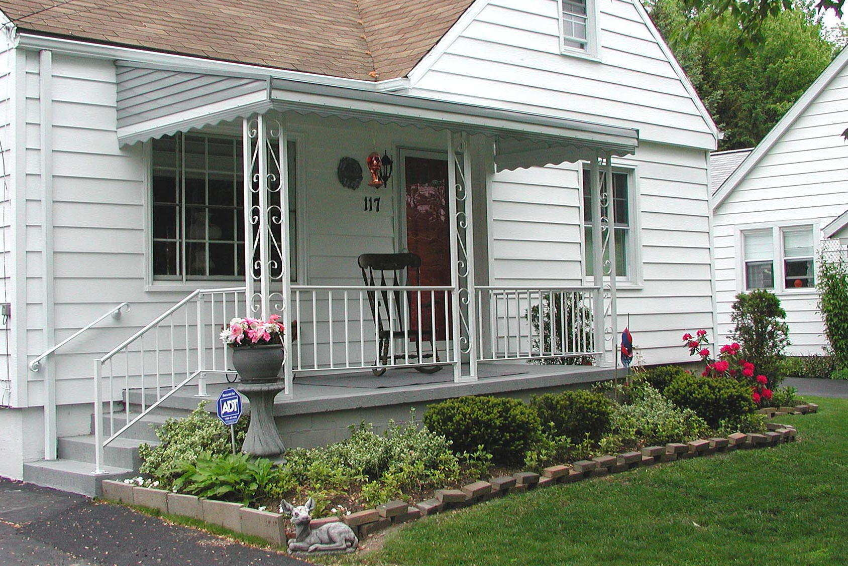Image of: Front Porch Rocking Chairs Furniture