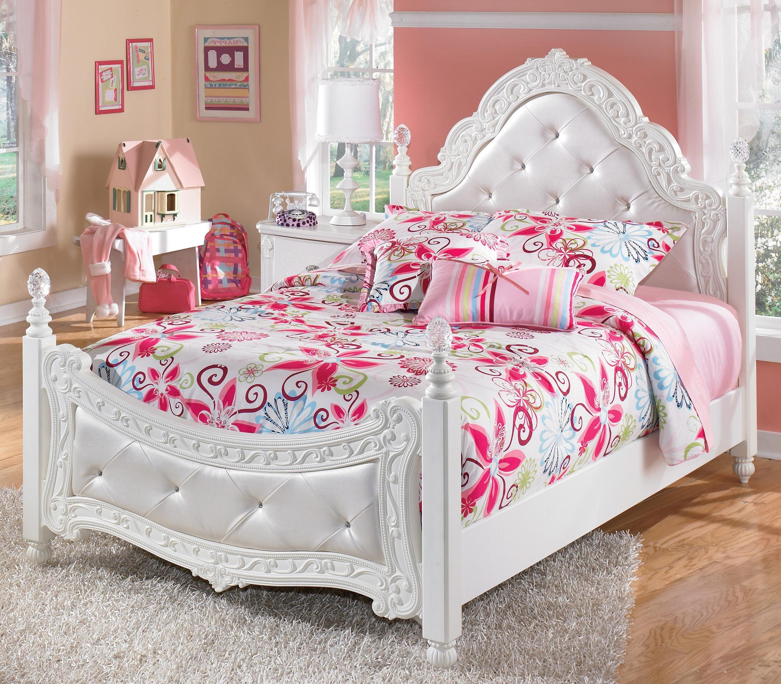 Image of: Girl Bed Sets Twin
