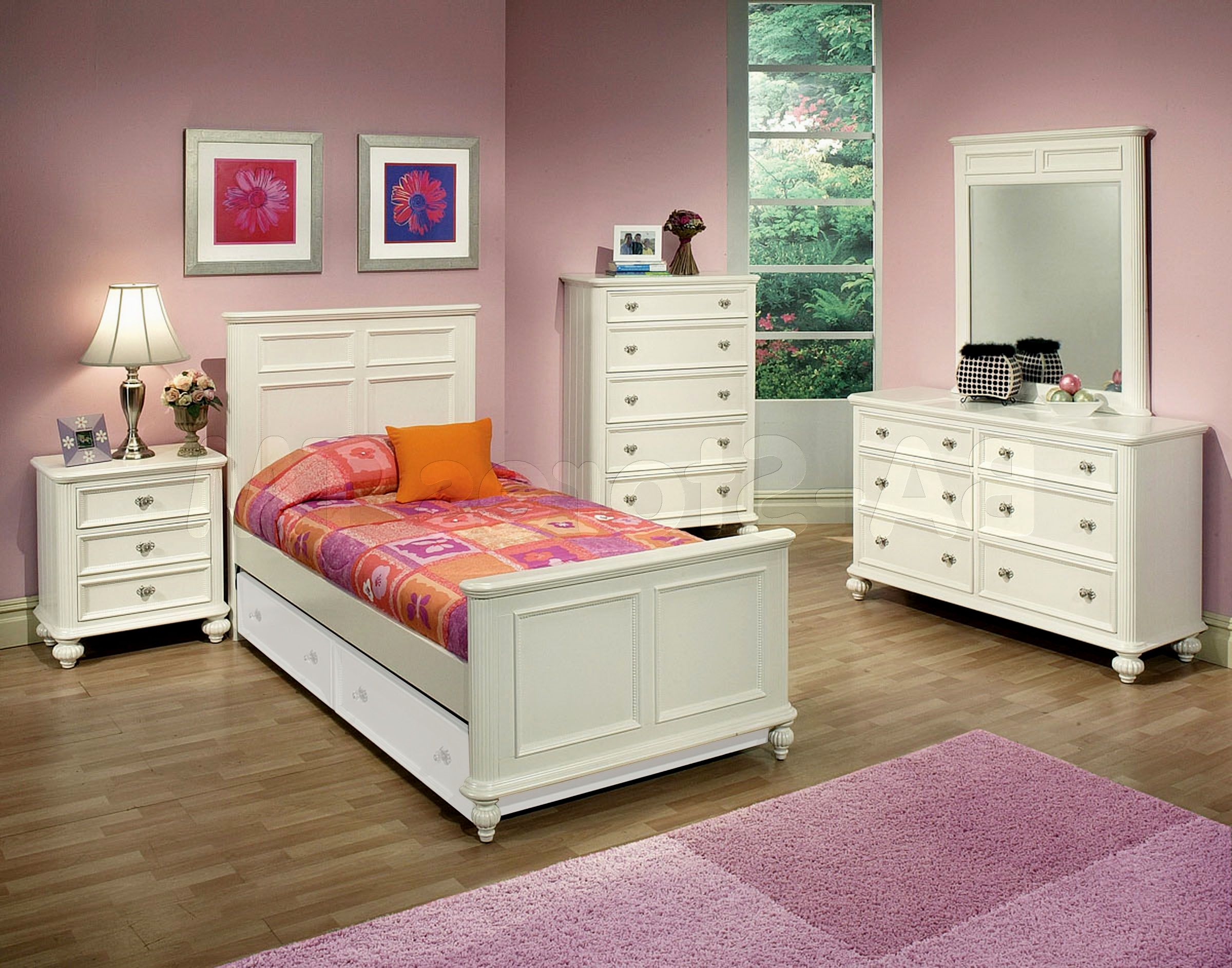 Image of: Girl Bedroom Sets In White