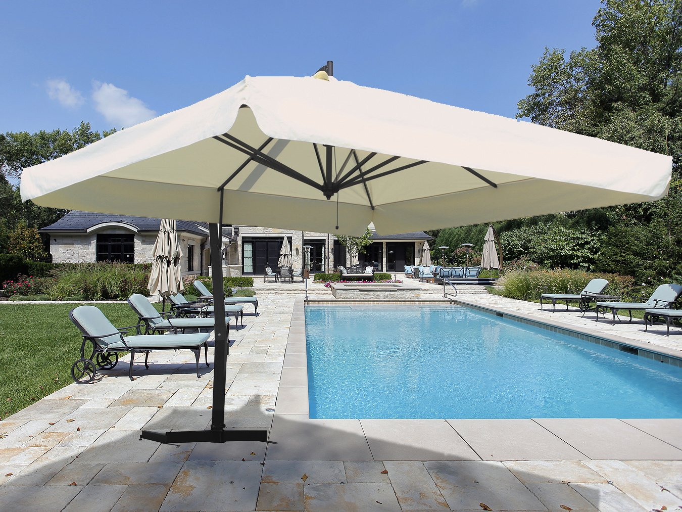 Image of: Good Offset Patio Umbrellas