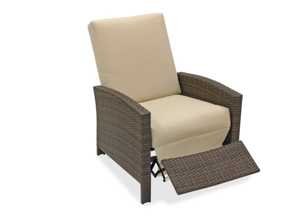 Image of: Helsinki Teak Reclining Patio Chair
