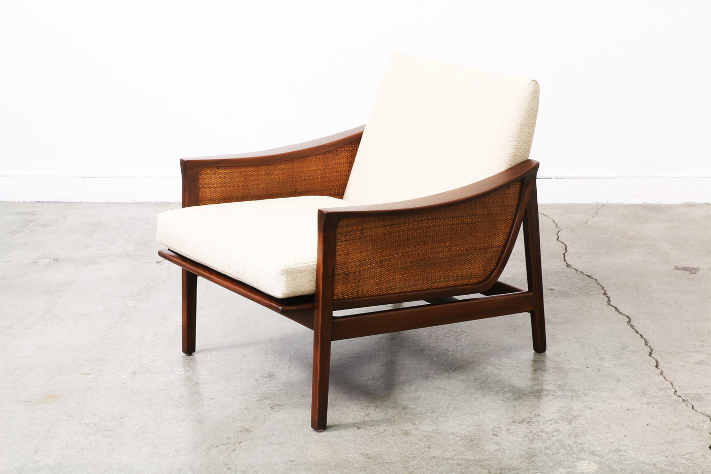 Image of: Images of Mid Century Modern Lounge Chair