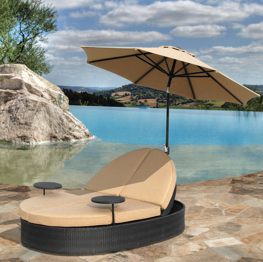 Image of: Luxury Pool Chaise Lounge Chairs