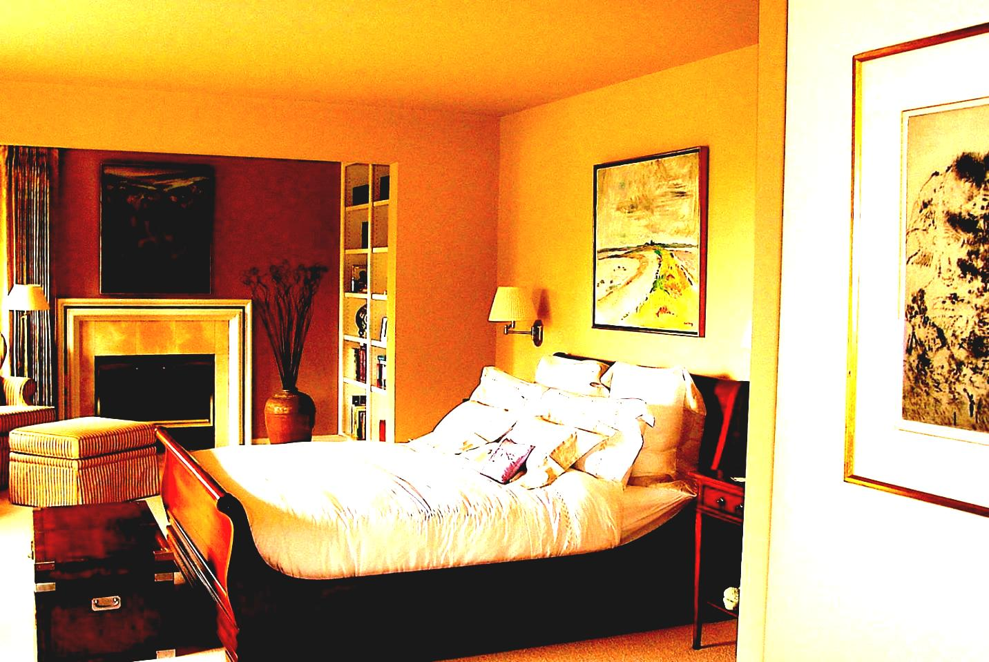 Image of: Master Bedroom Decorating Ideas Blue And Brown