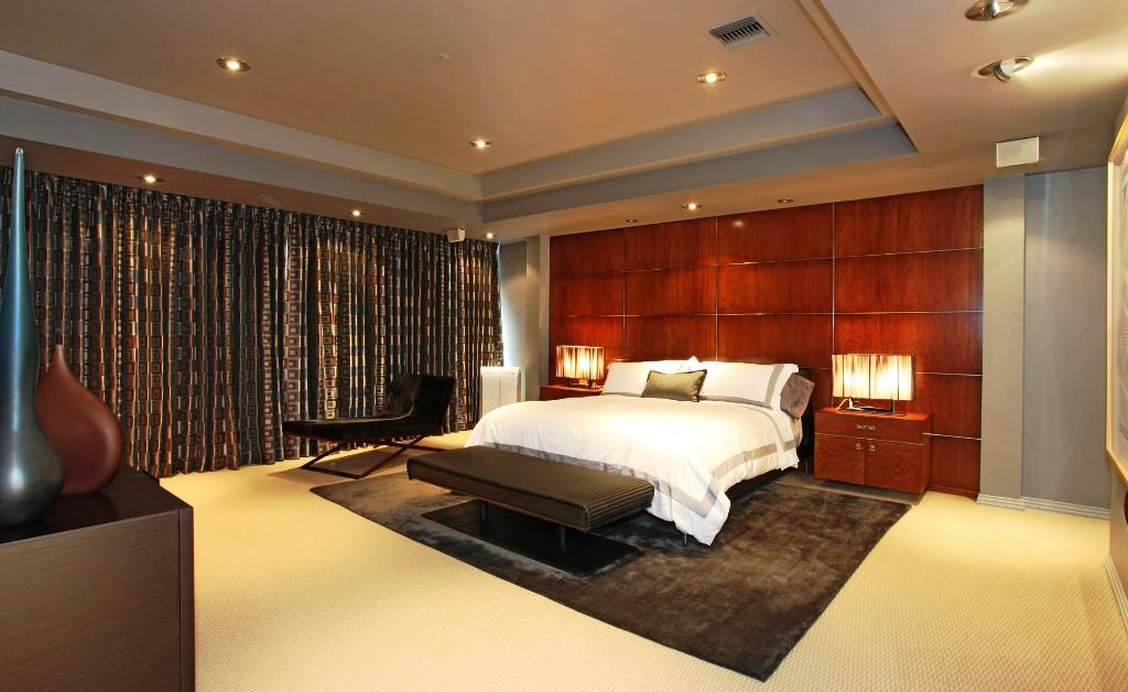Image of: Master Bedroom Decorating Ideas