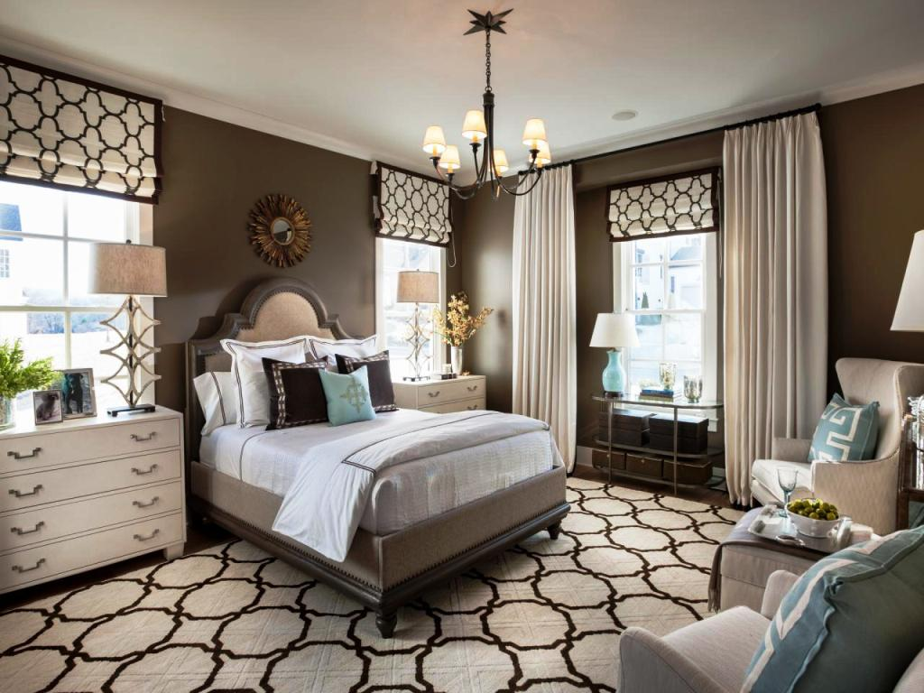 Image of: Master Bedroom Decorating On A Budget