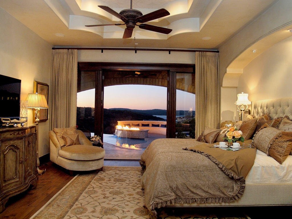 Image of: Master Bedroom Design Ideas Traditional