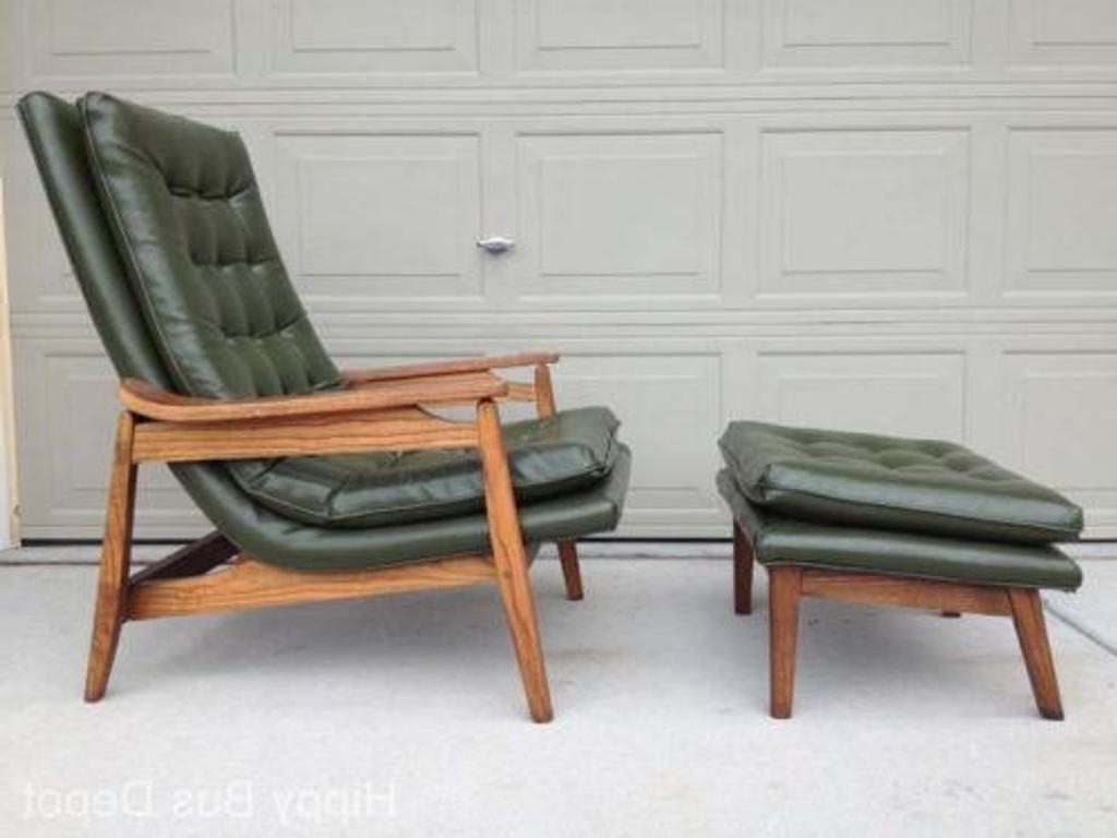 Image of: Mid Century Modern Bedroom Sets for Bets