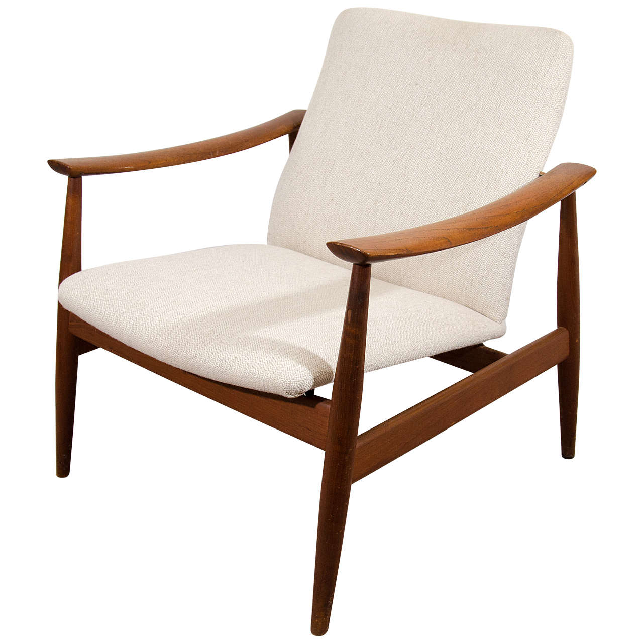 Image of: Model of Mid Century Lounge Chair