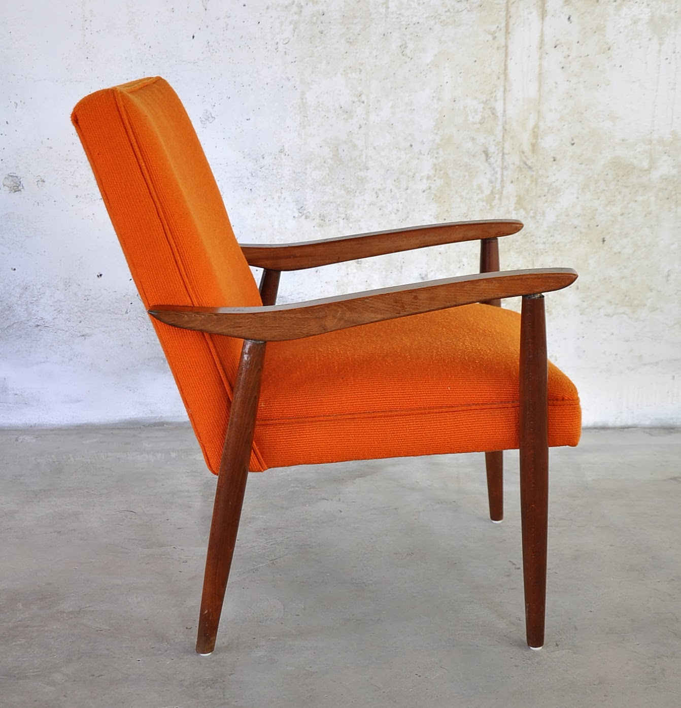 Image of: Modern Danish Lounge Chair Excellent