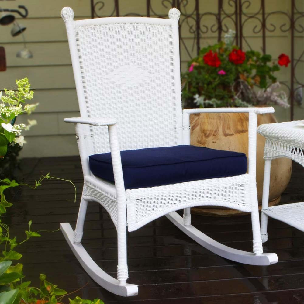 Image of: Modern Outdoor Wicker Rocking Chairs