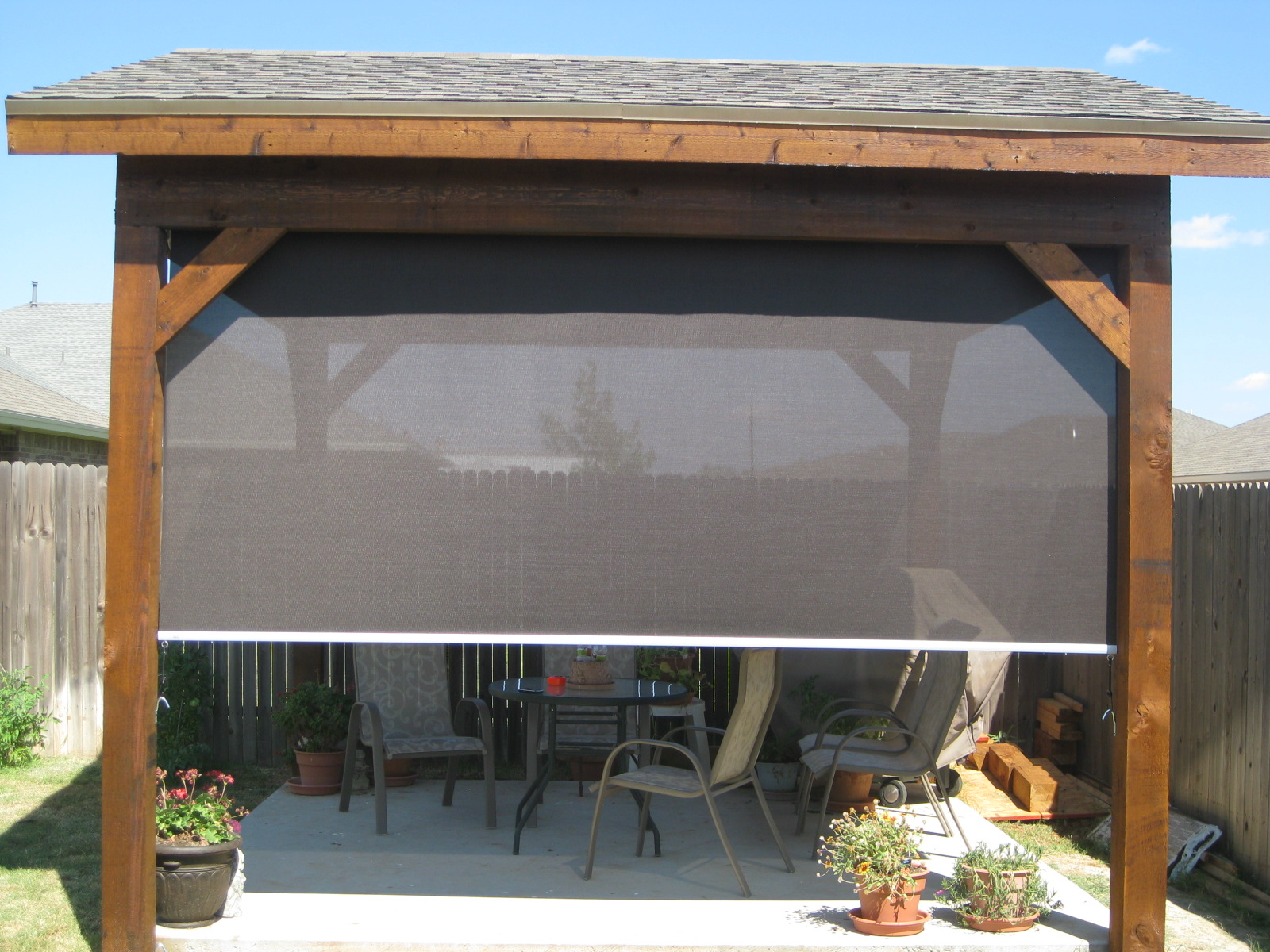 Image of: Outdoor Blinds and Shades