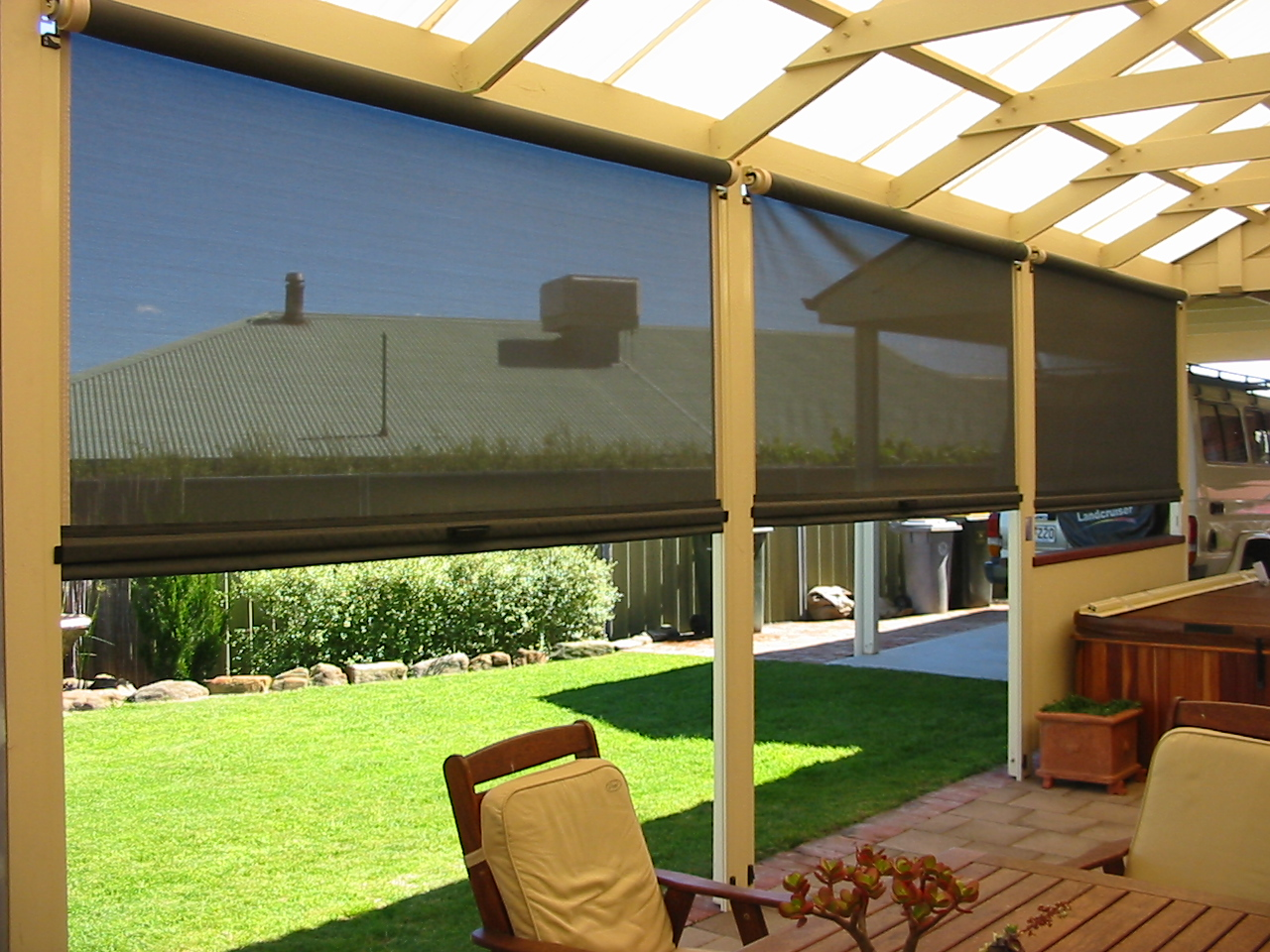 Image of: Outdoor Blinds for Deck