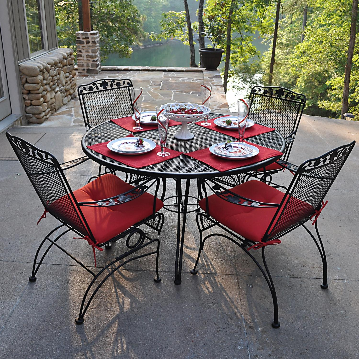 Image of: Outdoor Wrought Iron Patio Furniture