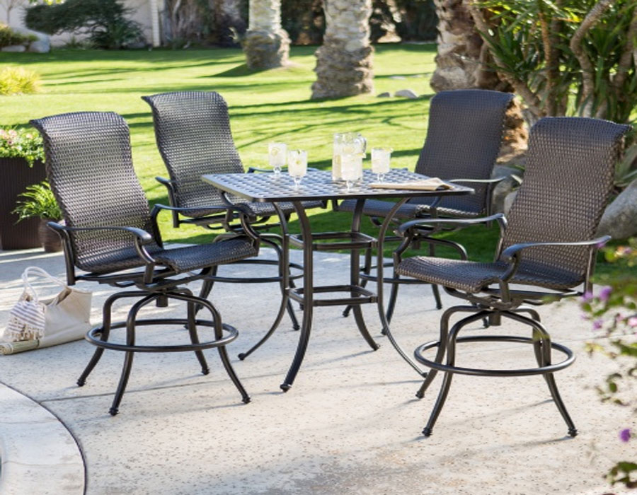 Image of: Patio Swivel Chairs Set