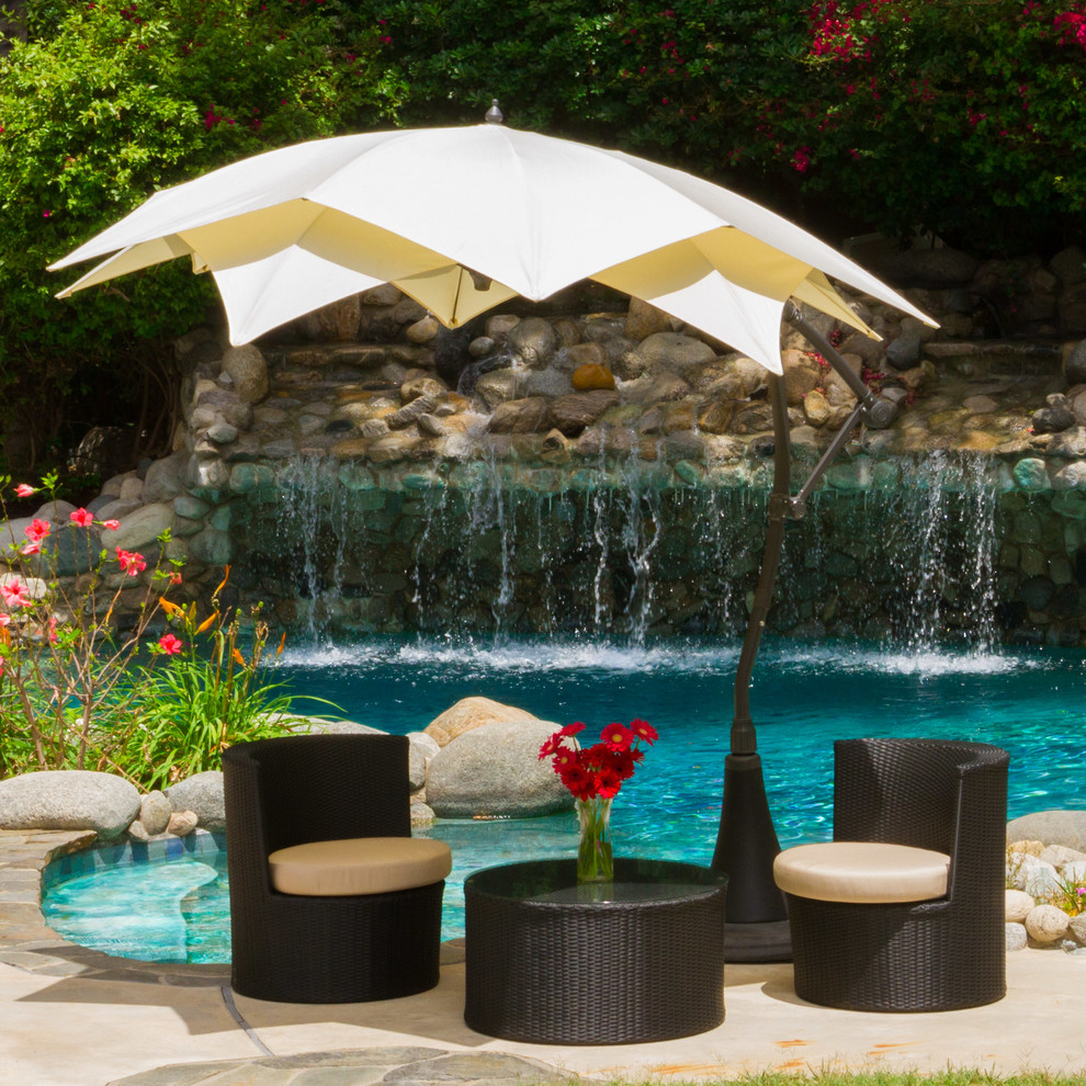 Image of: Perfect Offset Patio Umbrellas