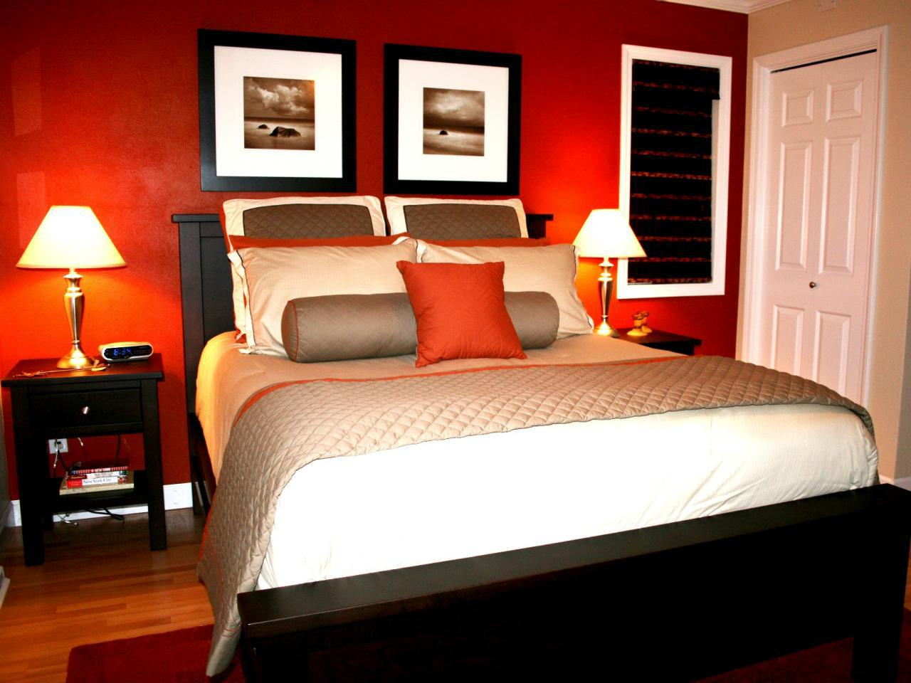 Image of: Romantic Master Bedroom Colors