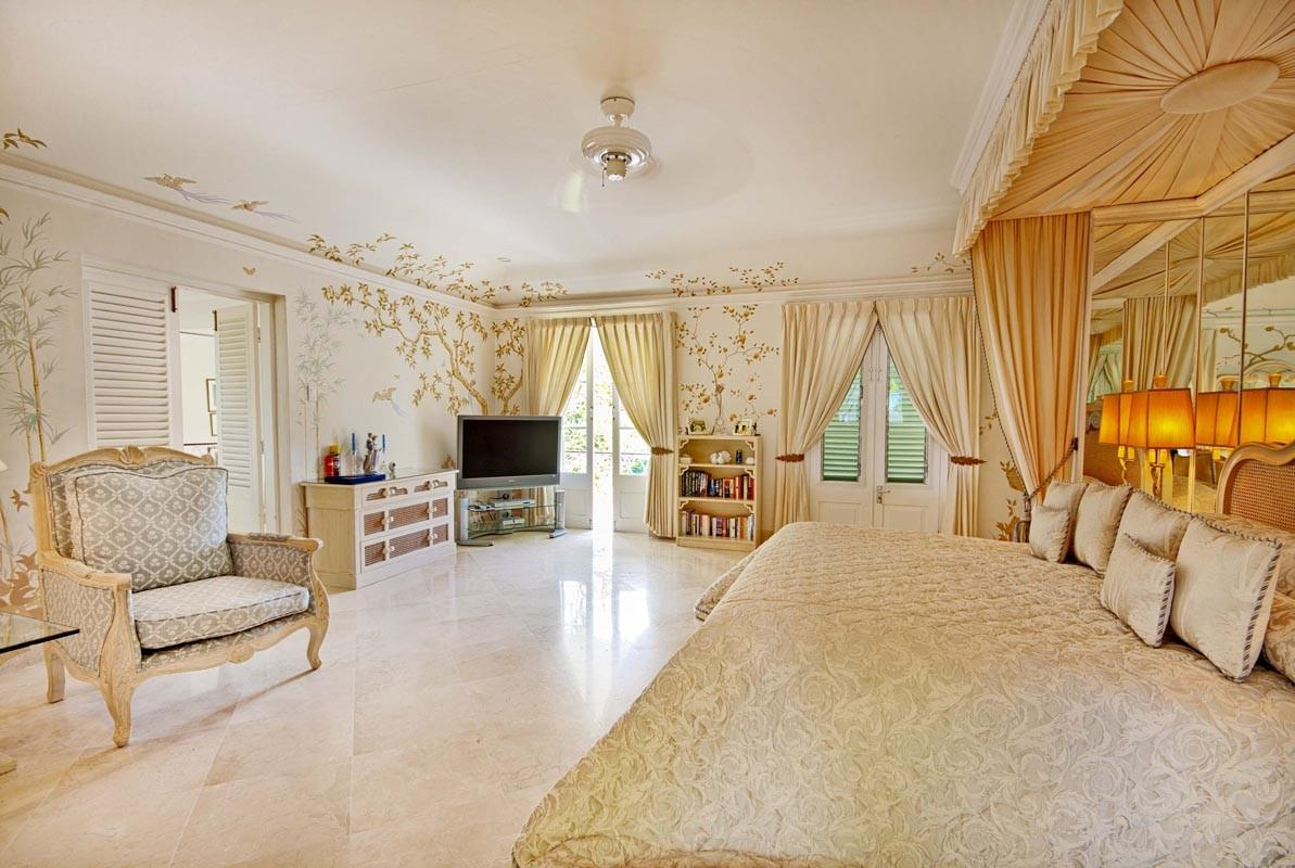 Image of: Romantic Master Bedroom Designs