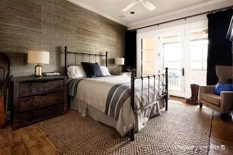 Image of: Rustic And Contemporary Bedroom