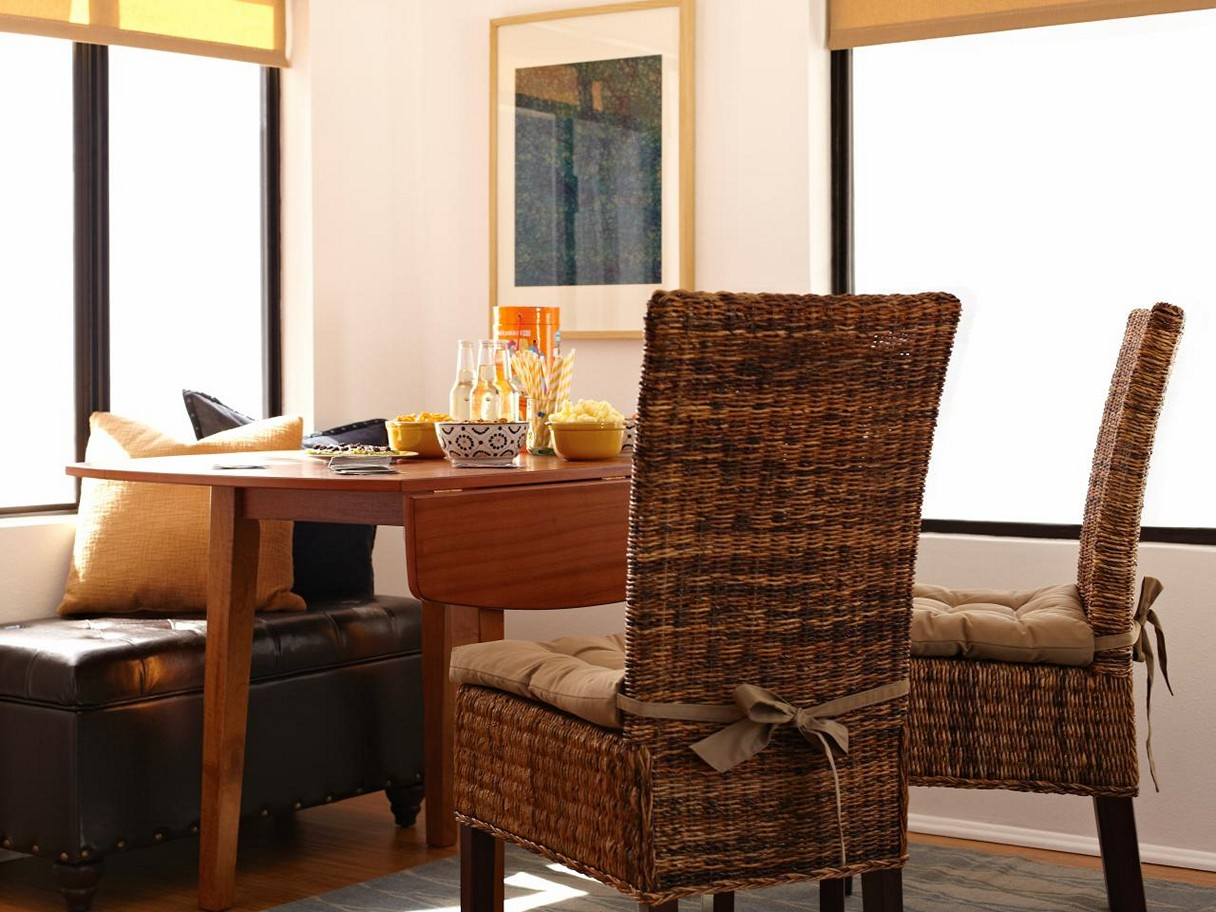 Image of: Rustic Dining Chair Cushions with Ties