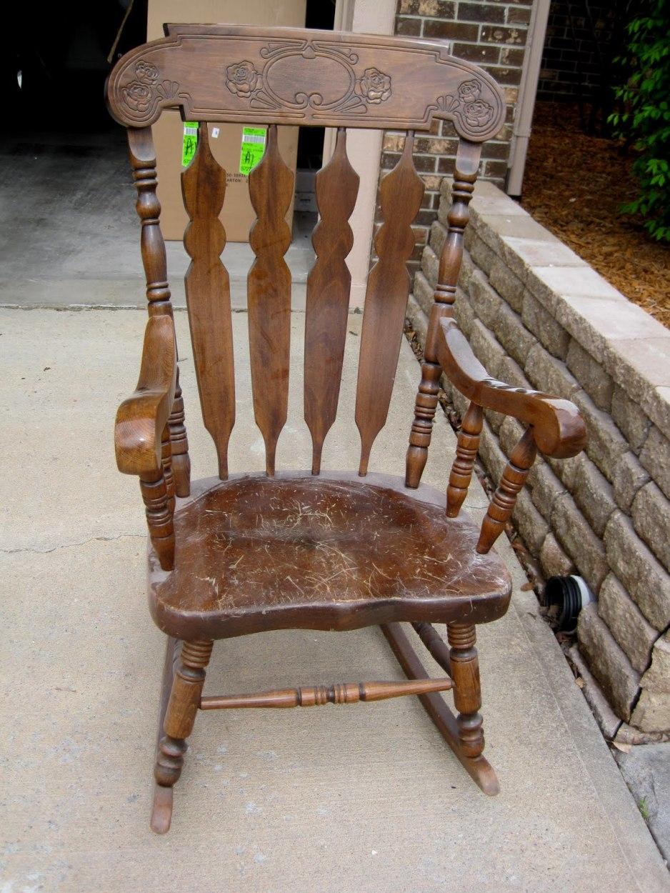 Image of: Rustic Rocking Chairs Design