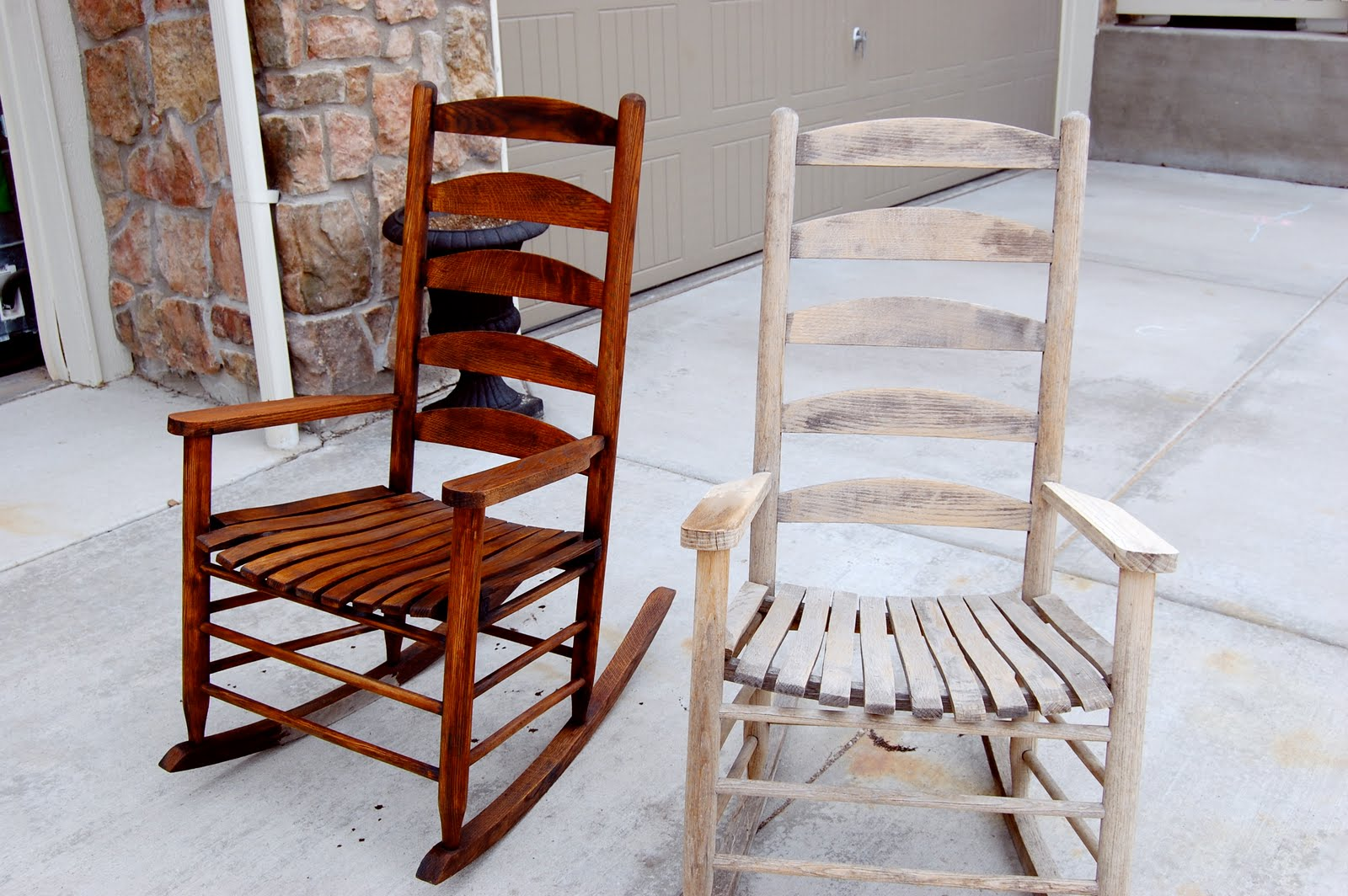 Image of: Rustic Rocking Chairs Image