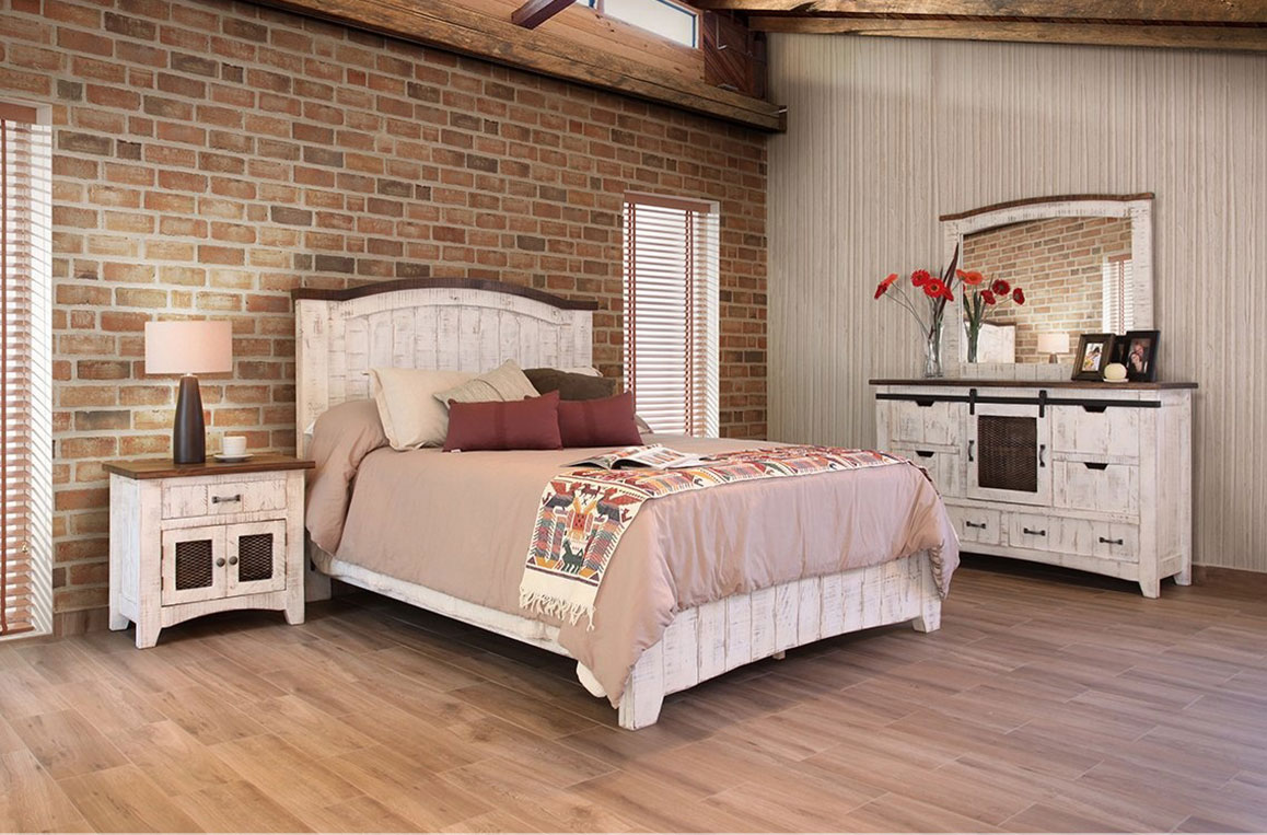 Image of: Rustic White Bedroom Furniture Sets