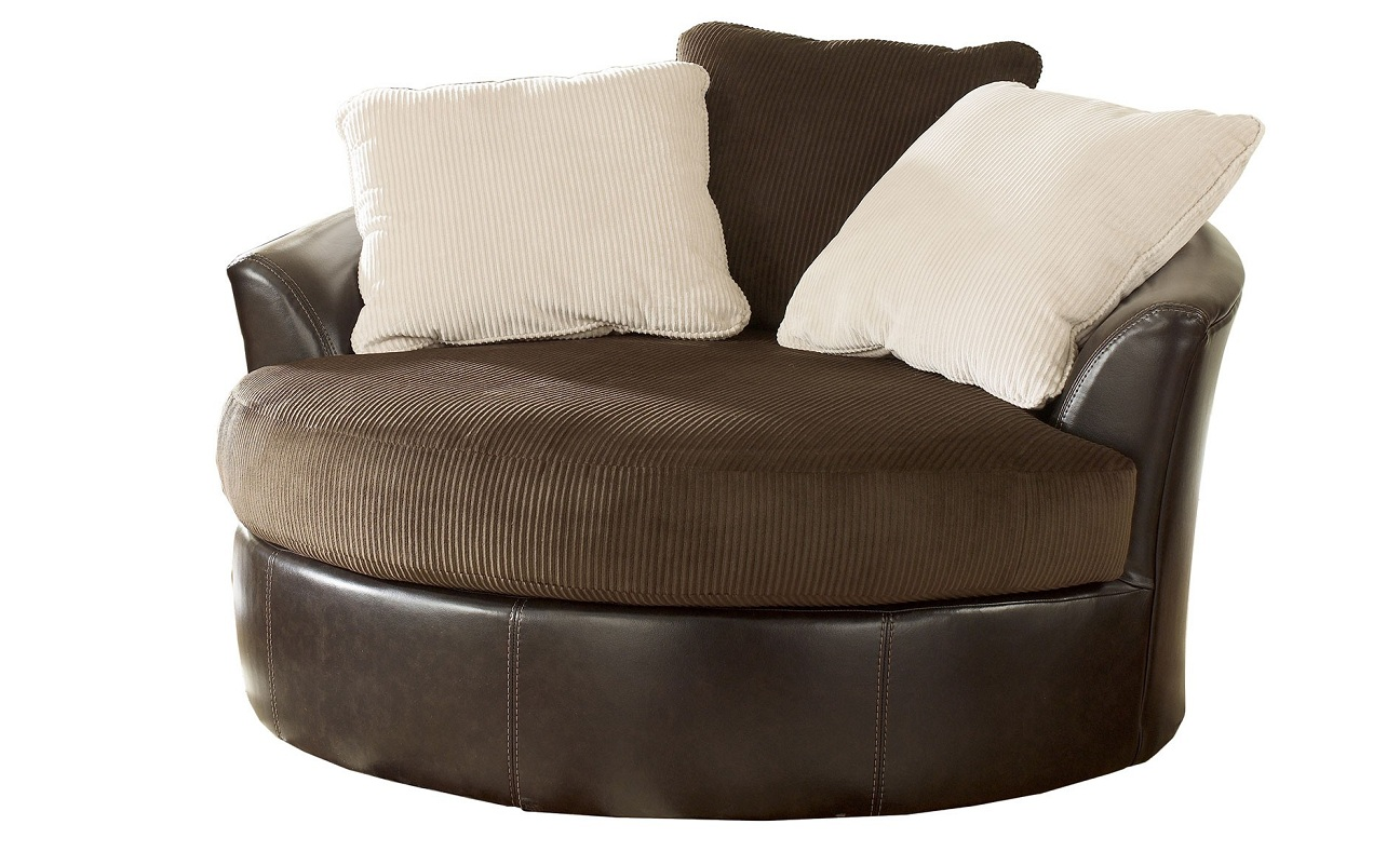 Image of: Small Swivel Accent Chair