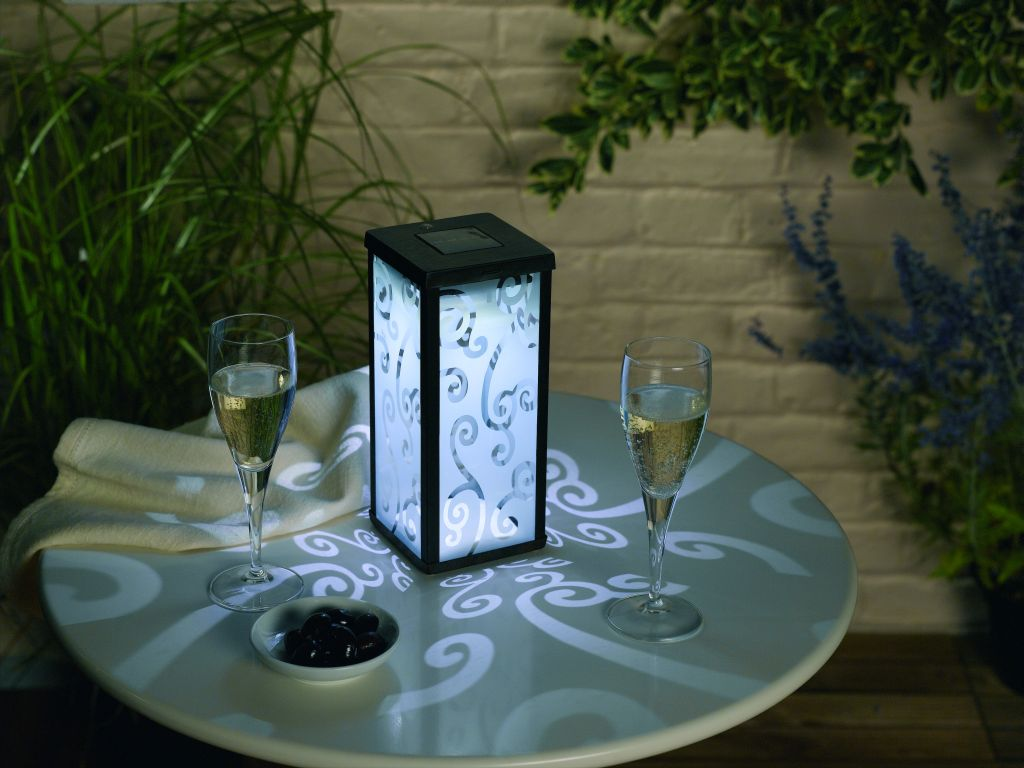 Image of: Solar Patio Lights on Table