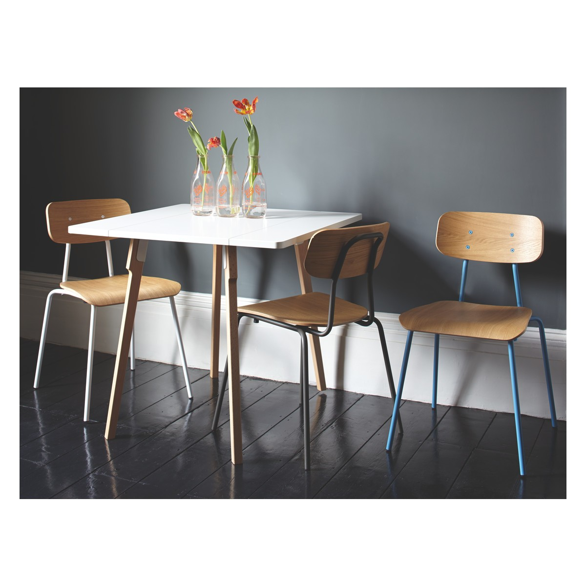 Image of: Stackable Dining Chairs Photo
