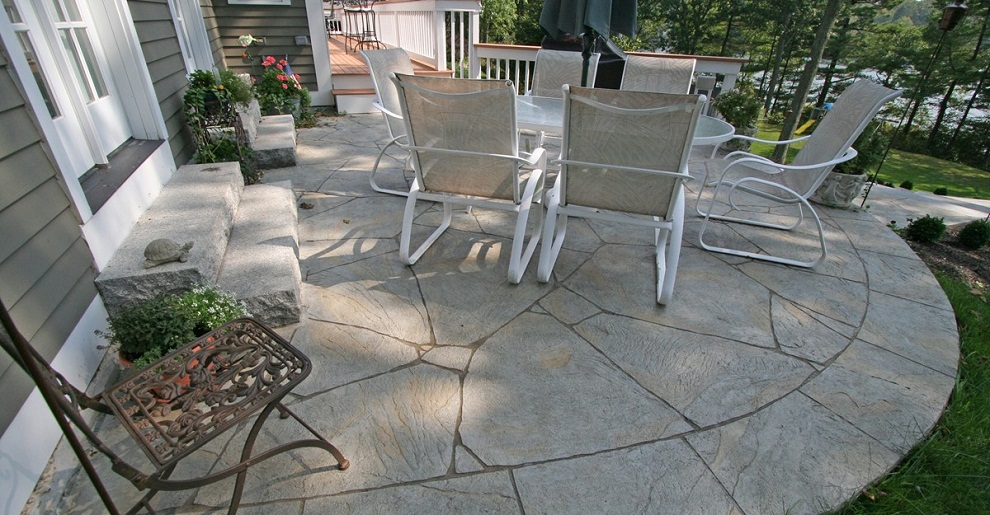 Image of: Stamped Concrete Patio Designs