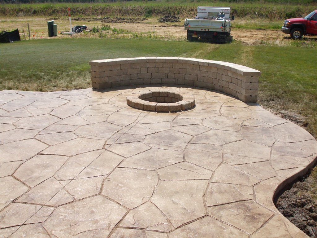 Image of: Stamped Concrete Patio Pattren