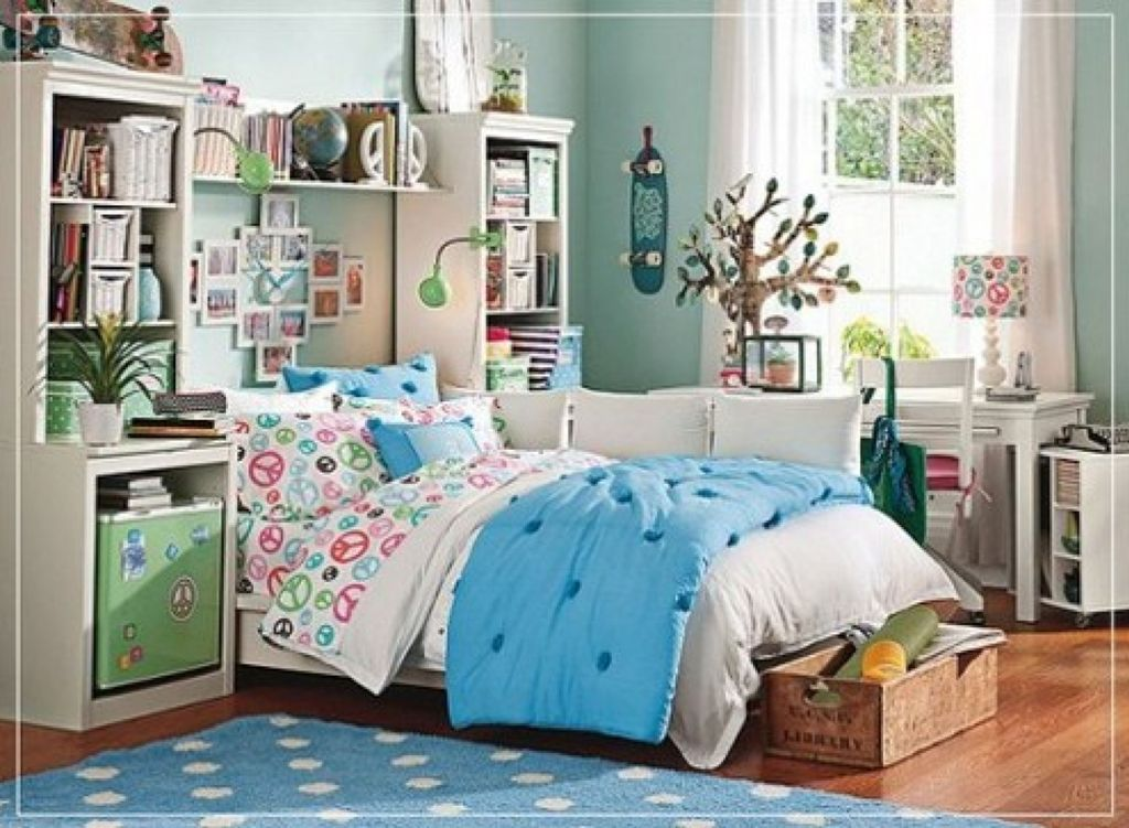 Image of: Teenage Girl Bedroom Accessory