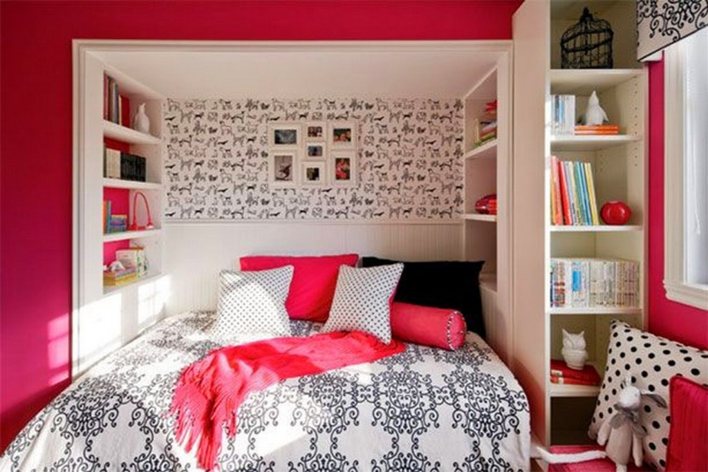 Image of: Teenage Girls Bedroom On A Budget