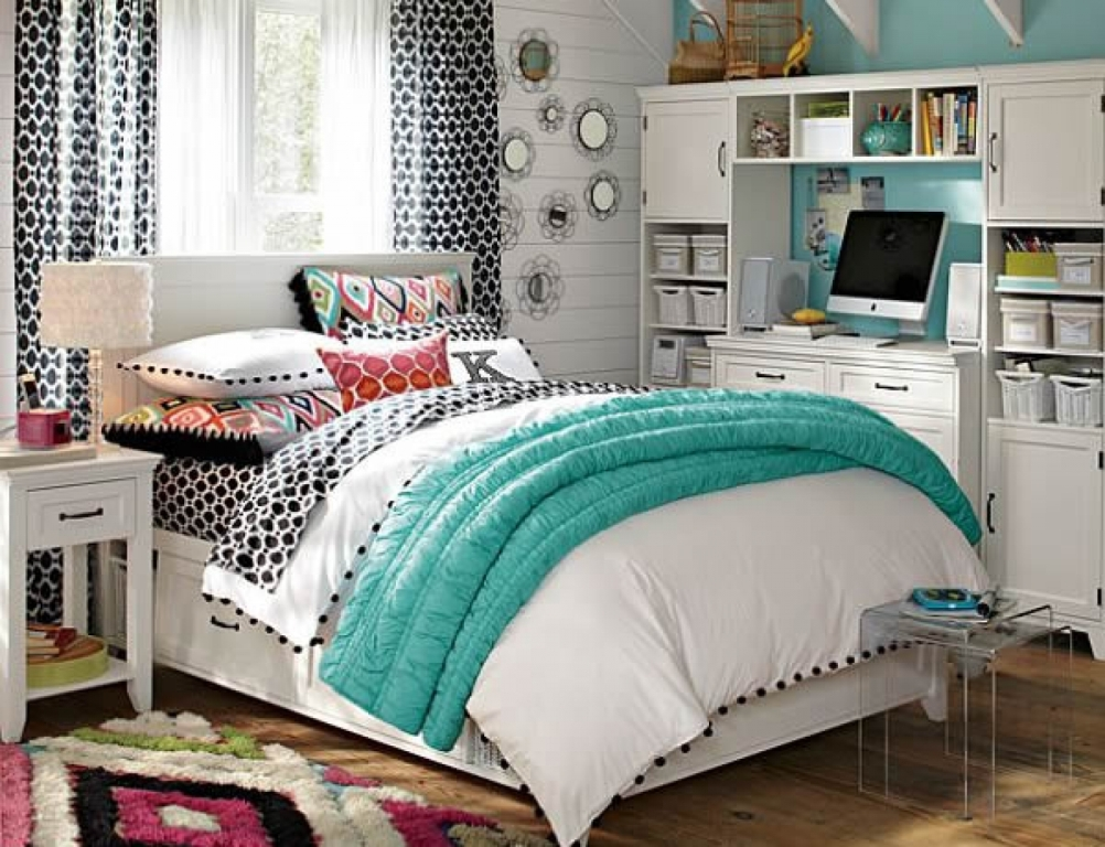 Image of: Teenage Girl Bohemian Bedrooms