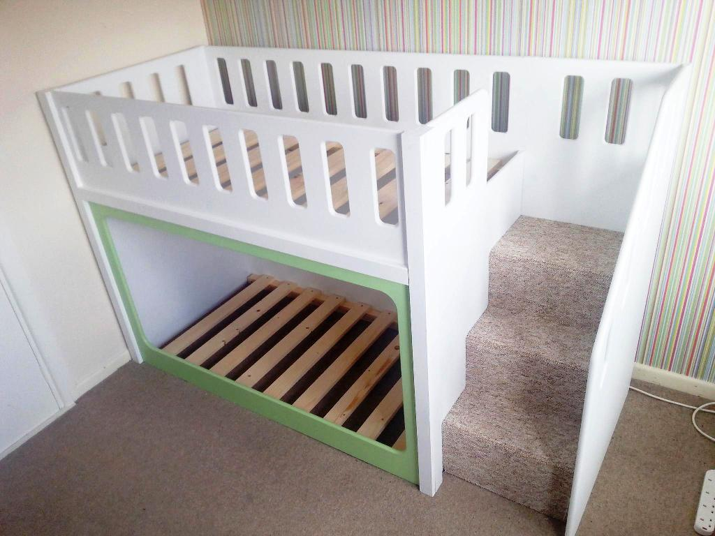 Image of: Toddler Bunk Bed With Stairs