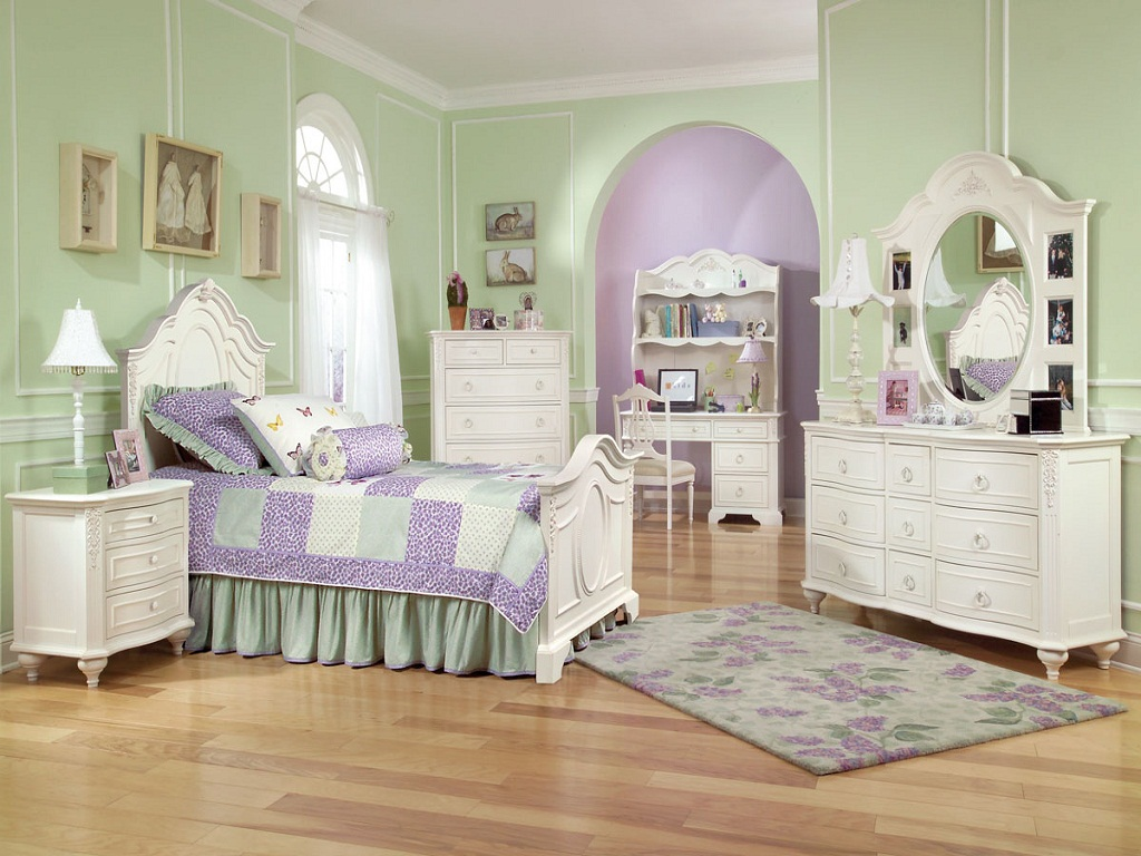 Trundle Girls Twin Bedroom Set