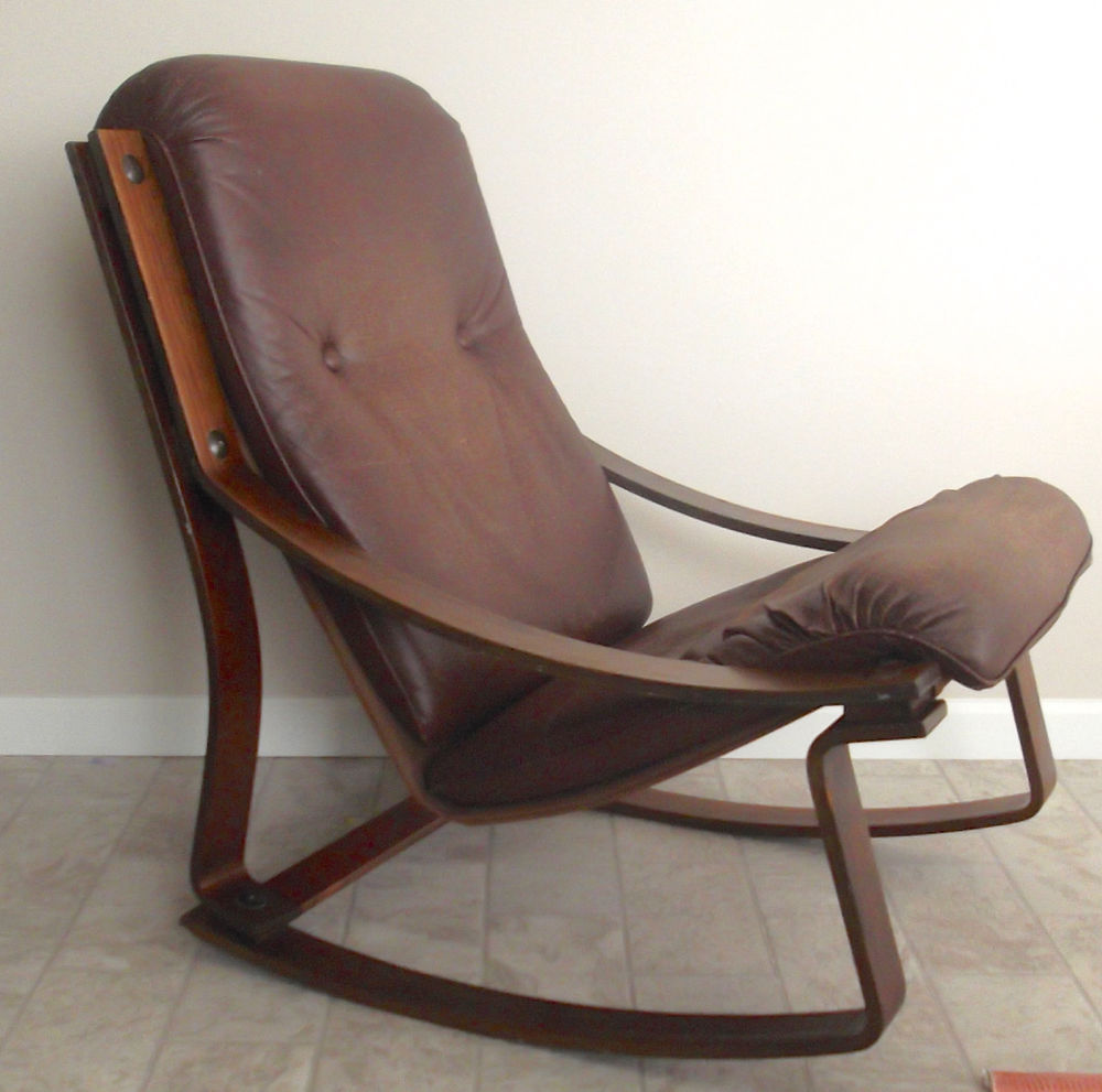 Image of: Upholstered Rocking Chairs Ideas