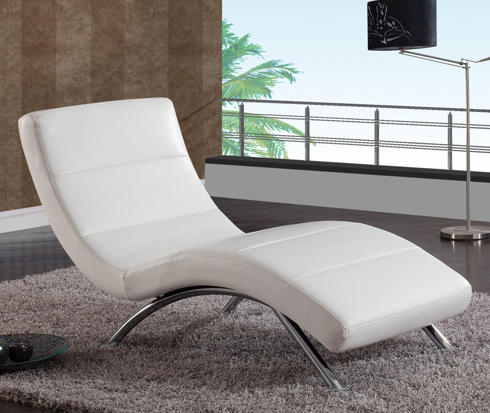 Image of: White Leather Chaise Lounge Chair