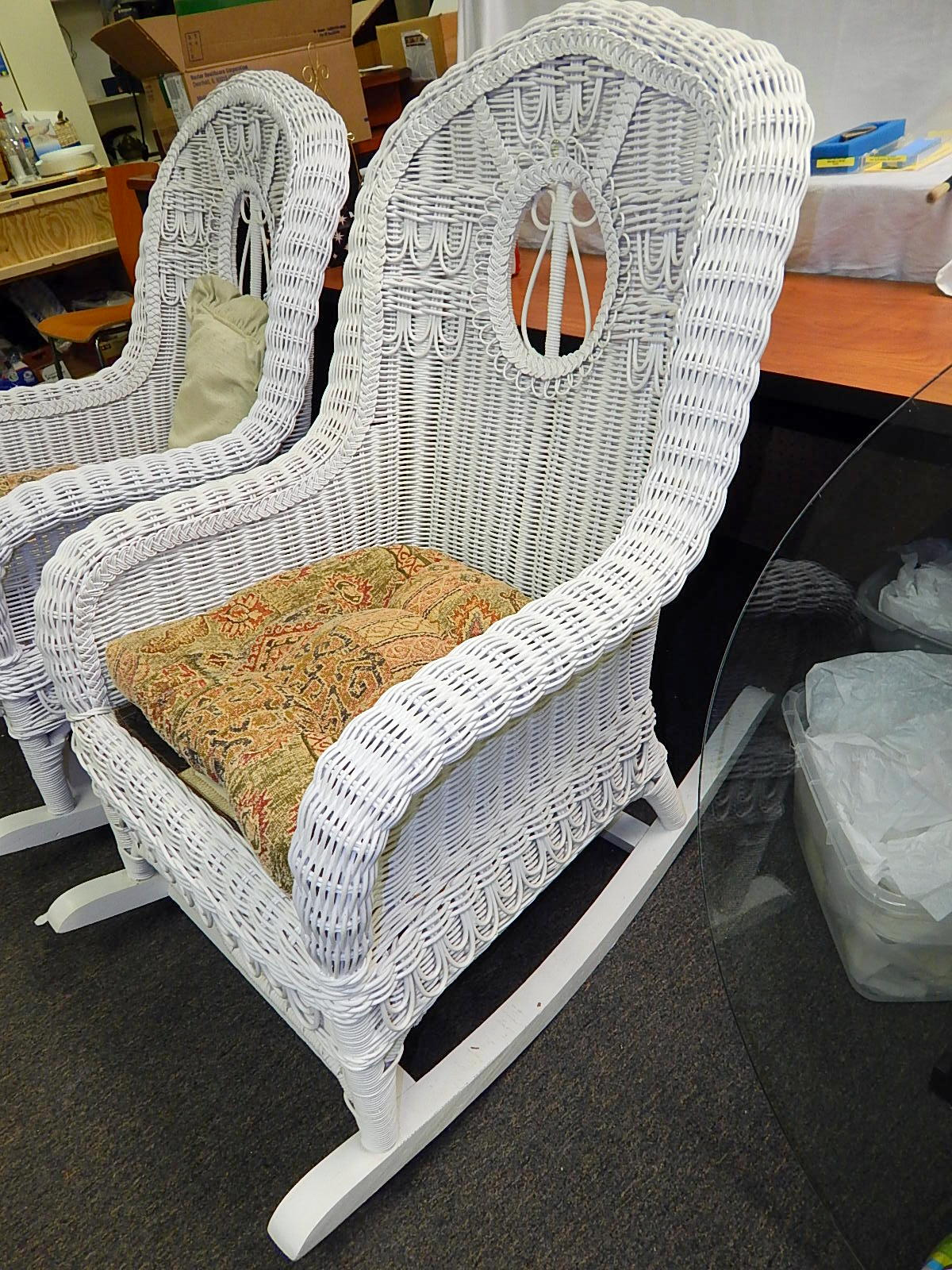 White Wicker Rocking Chair Style