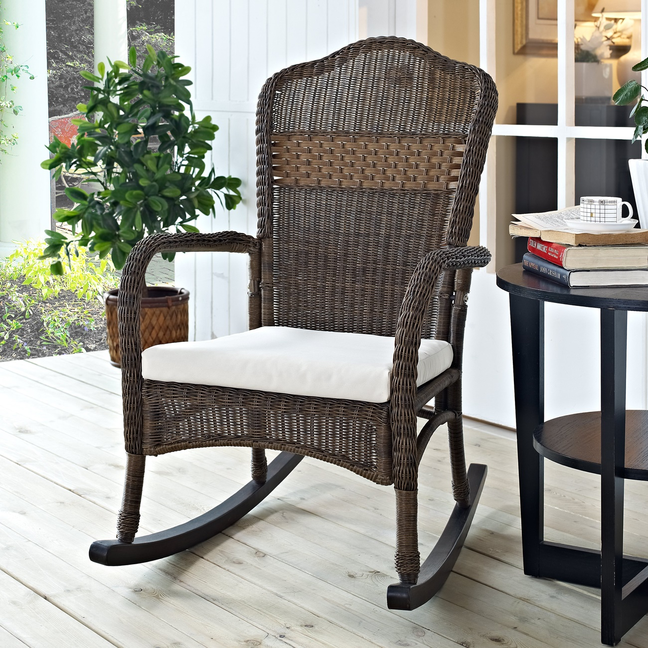 Image of: Wicker Patio Rocking Chair